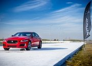 Barely a Day After its Unveiling, The Jaguar XE 300 SPORT Already Holds A Unique Record - image 777885