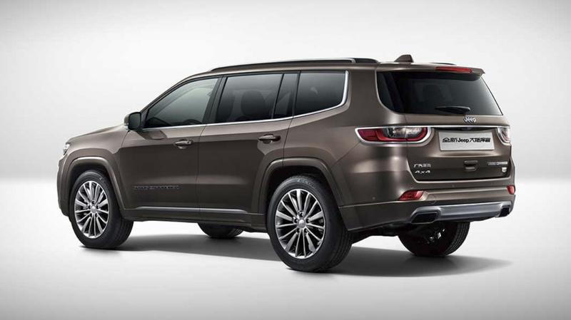 Jeep Grand Commander Debuts in China with Its Muscles Flexed