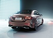 Mercedes Took the C-Class, Gave it a Face Lift, and Calls it the A-Class L in China - image 778344
