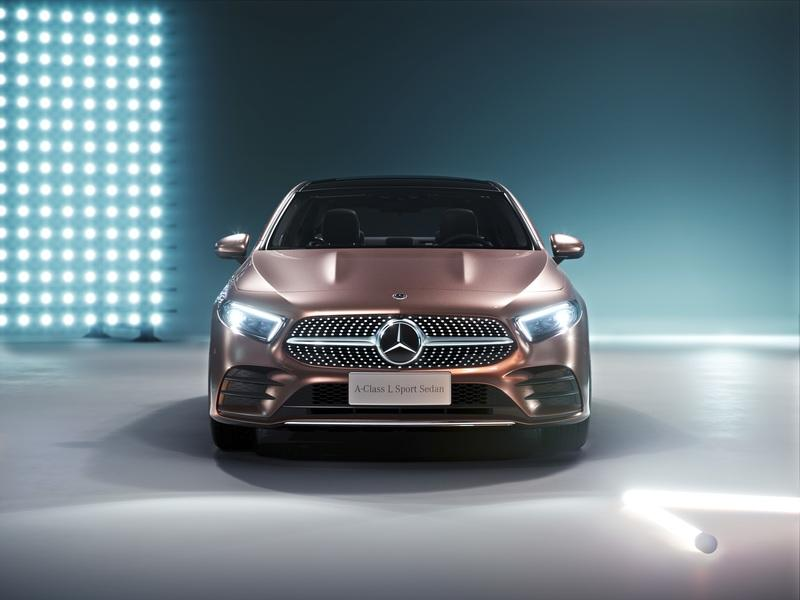 Mercedes Took the C-Class, Gave it a Face Lift, and Calls it the A-Class L in China
