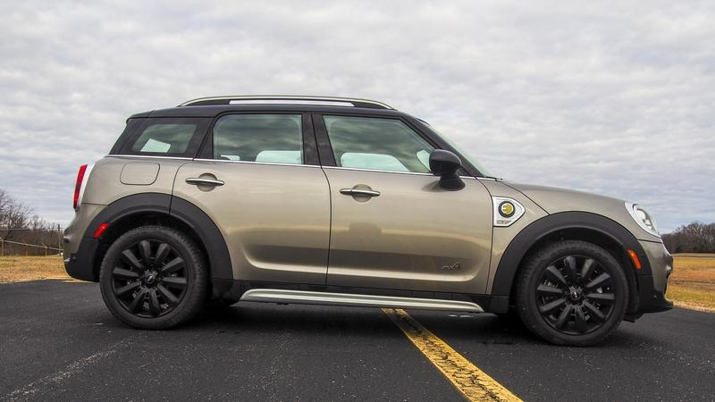 2018 MINI Cooper S E Countryman ALL4 - Driven