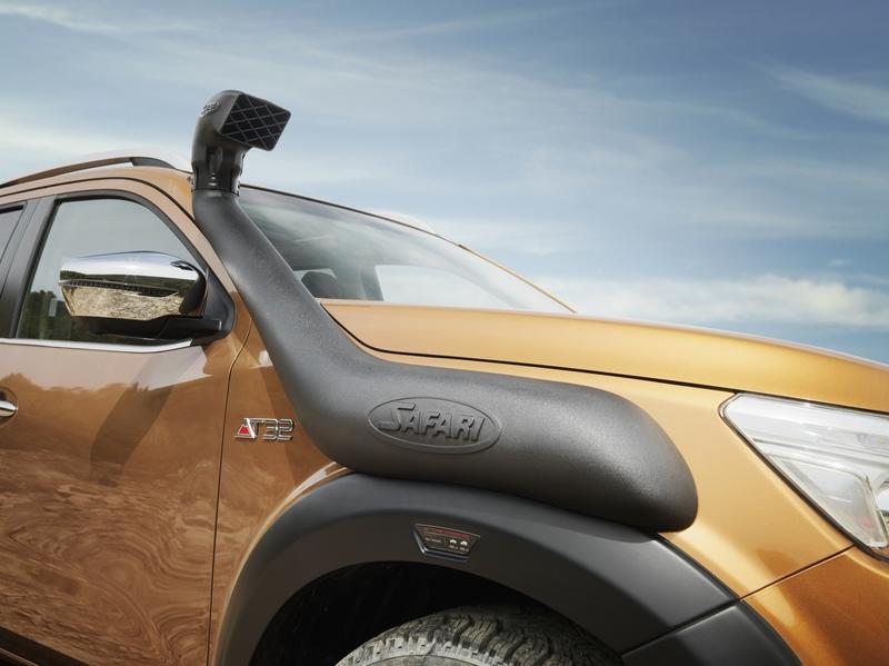 2018 Nissan Navara Off-Roader AT32 Exterior - image 778372