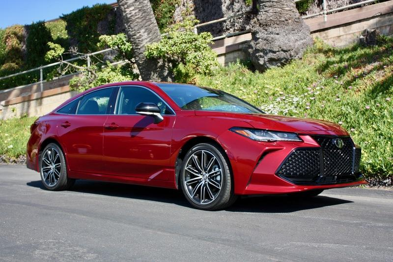The Adaptive Suspension On The 2019 Toyota Avalon Works Wonders Exterior - image 778161