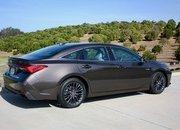 The Adaptive Suspension On The 2019 Toyota Avalon Works Wonders - image 778122