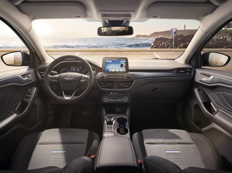 The New Ford Focus is Here, and It's Itching for a Shot at the Volkswagen Golf and Honda Civic Interior - image 776841