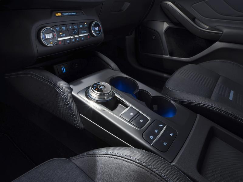 The New Ford Focus is Here, and It's Itching for a Shot at the Volkswagen Golf and Honda Civic Interior - image 776845