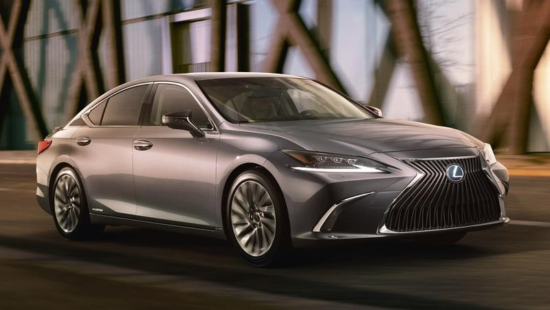 The New Lexus ES Is Coming to Beijing with Sleek Looks and Stunning Grille