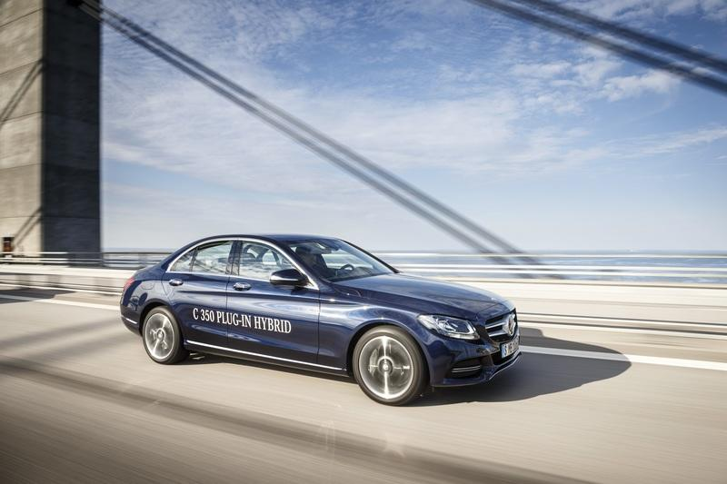 The New Mercedes C300 de Plug-in Hybrid to Deliver as Much Torque as an AMG C63