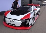 Video of the Day: Shmee Drives the Audi E-Tron Vision Gran Turismo - image 776762