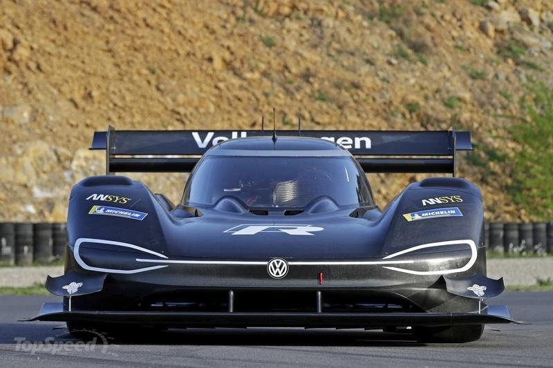 Take a Look Back at VW's Record-Breaking Run Up Pikes Peak: Video