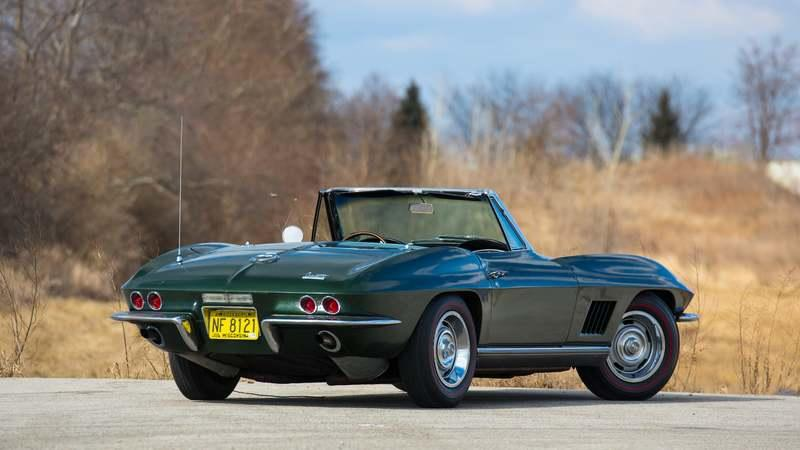 Bart Starr's 1967 Chevrolet Corvette Convertible Is Up for Auction