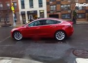 Video of the Day: Top Gear Plays with the Tesla Model 3 - image 781501