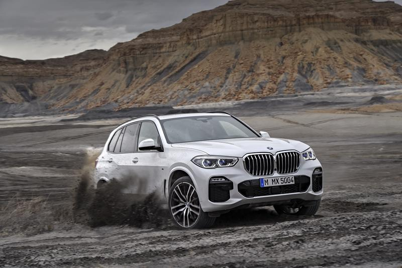 2020 Mercedes-Benz GLE Vs. 2019 BMW X5