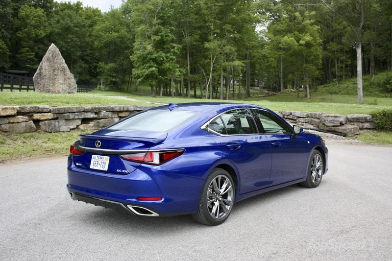 The 2019 Lexus ES Gets Some Tasty Performance Flavor With New F Sport Model Exterior - image 782848