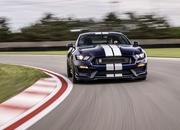 Ford Infuses the 2019 Mustang Shelby GT350 with Racing and GT500 DNA - image 783125