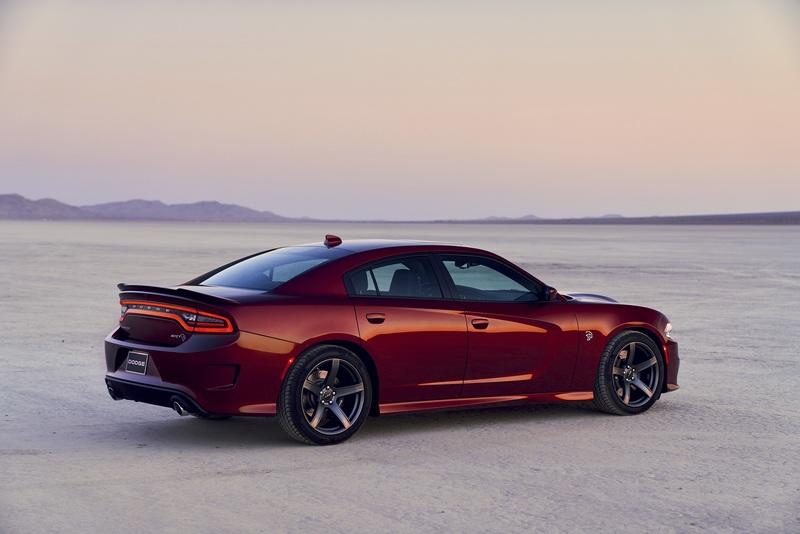 It's Not a New Generation, but the Dodge Charger Gets Some Decent Updates for 2019