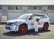 The Skoda Kodiaq RS Sets Nurburgring Record for Seven-Seat SUVs - image 783581