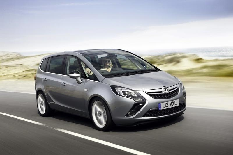 Vauxhall Executes Zafira And Astra Top Speed