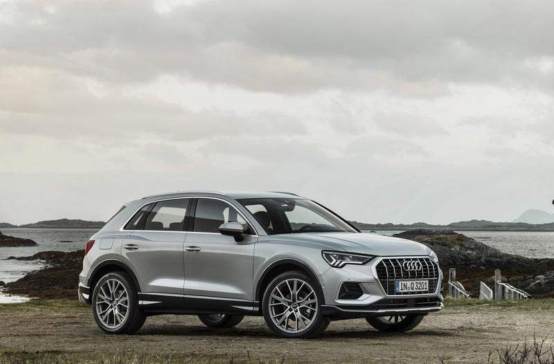 The Audi Q3 Looks the Same but is a Bit Larger With some Q8 DNA Exterior - image 788281