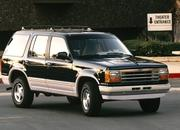 8 SUVs That Went From Being Tough as Nails to Lightweight Family Haulers - image 786105