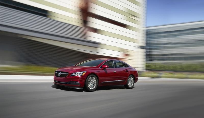 2018 Buick LaCrosse Sport Touring