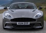 Comparison: 2019 Aston Martin DBS Superleggera vs. Aston Martin Vanquish - image 785565