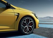 All Changes Contrived by Renault Sport To Brew The Hardcore Megane RS Trophy - image 787554