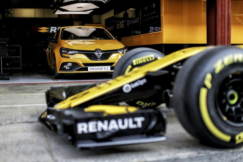 All Changes Contrived by Renault Sport To Brew The Hardcore Megane RS Trophy
