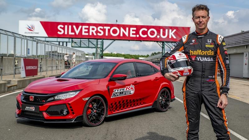 The Honda Civic Type R Smashes New Record, This Time at Silverstone