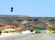 Video: Watch This Wild Jet-Powered Flyboard Hit Triple Digits Over the Desert - image 788603