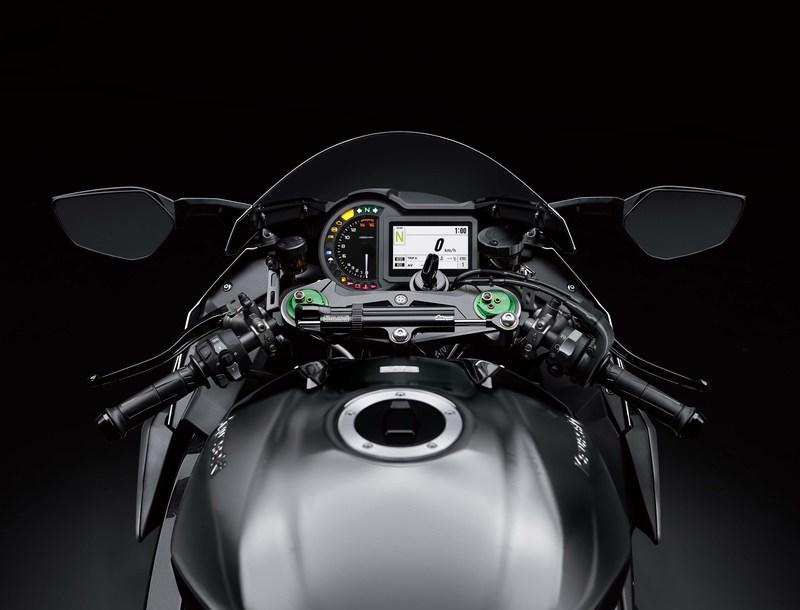 Kawasaki has upped the game with the 2019 Ninja H2 machines Exterior - image 790279