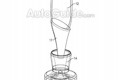 BMW's New Patent Is All About Making Sure You Don't Spill Your Champagne Ever Again - image 790925