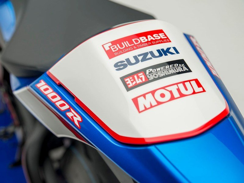 Buildbase Suzuki team livery gets onto our GSX-R1000 for the streets
