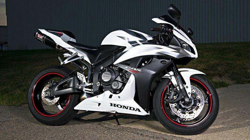 Honda will give us back the CBR600RR soon