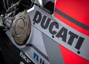 WDW Ducati Panigale V4 S bikes are reeking huge numbers at the auction - image 788913