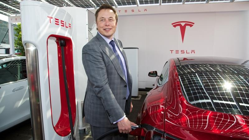 Saudi Arabia Wants A Bigger Piece of Tesla, But Can it Really Do It in Light Of Elon Musk's Plans To Turn Tesla Private?