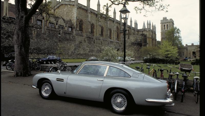 "The Aston Martin DB5 ""Goldfinger"" Replicas Won't be Street Legal Because the Gadgets are Real!"