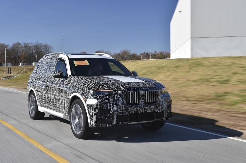 BMW Confirms an October Debut for the Fullsize, 2020 BMW X7 SUV