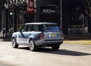 The Range Rover Sport P400e Plug-In Hybrid Can Drive Using Electricity Alone - image 790120