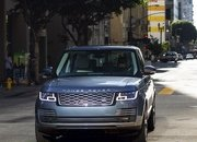 The Range Rover Sport P400e Plug-In Hybrid Can Drive Using Electricity Alone - image 790121