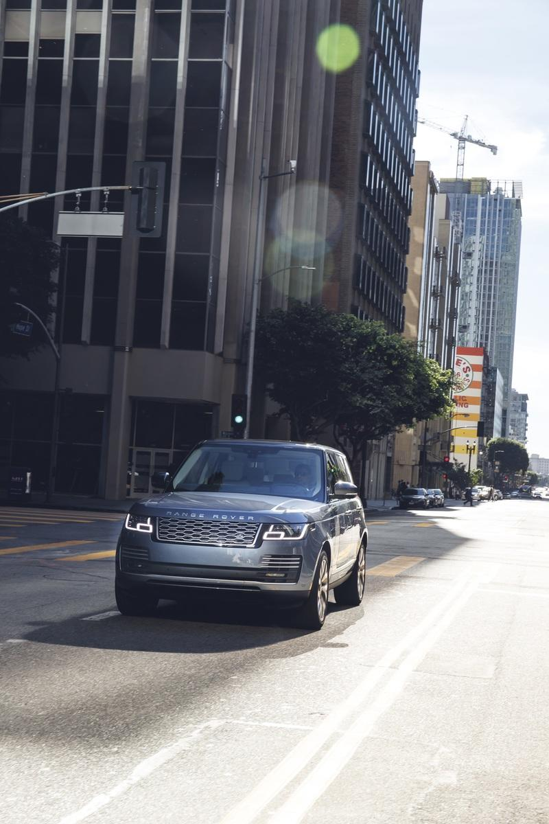 The Range Rover Sport P400e Plug-In Hybrid Can Drive Using Electricity Alone