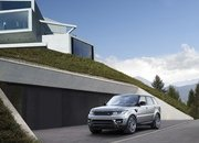 The Range Rover Sport P400e Plug-In Hybrid Can Drive Using Electricity Alone - image 790124
