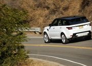 The Range Rover Sport P400e Plug-In Hybrid Can Drive Using Electricity Alone - image 790125