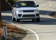 The Range Rover Sport P400e Plug-In Hybrid Can Drive Using Electricity Alone - image 790126