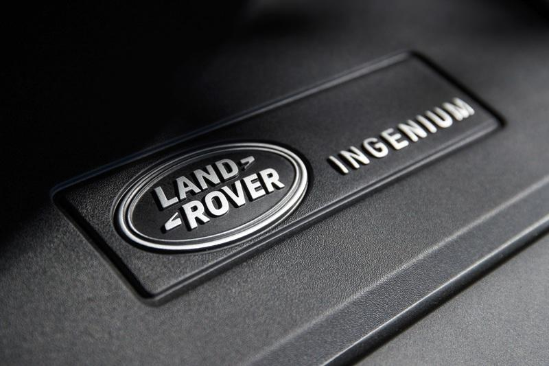 The Range Rover Sport P400e Plug-In Hybrid Can Drive Using Electricity Alone - image 790112