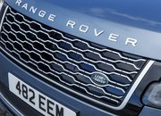 The Range Rover Sport P400e Plug-In Hybrid Can Drive Using Electricity Alone - image 790114