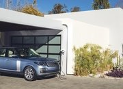 The Range Rover Sport P400e Plug-In Hybrid Can Drive Using Electricity Alone - image 790118