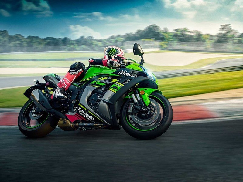 Kawasaki adds more power to their 2019 ZX-10R superbikes