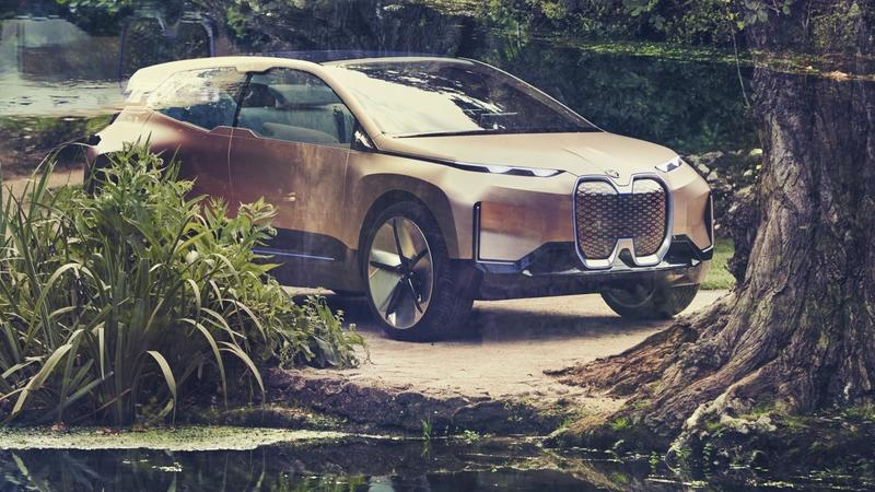 BMW Wants You To Use Your Autonomous Car For Hanky-Panky