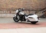2019 Indian Motorcycle Chieftain Dark Horse - image 796499